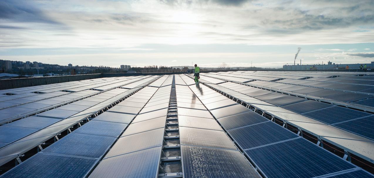 FUSen – Vanskelig å finne bedre miljøtiltak for lageret enn solceller